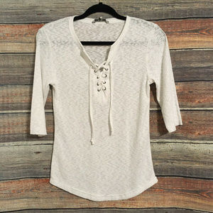 Buckle BKE ribbed lace up white top